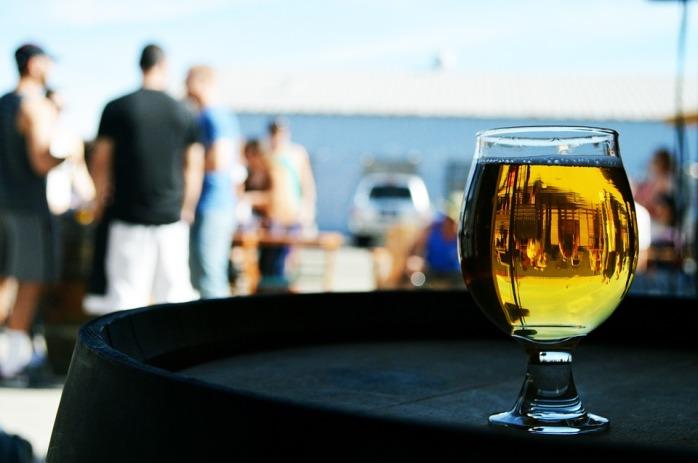 Lager Pub Drink Bar Glass Alcohol Beer Beverage